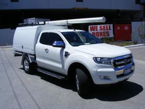 Ford Ranger PX2 Extra Cab White