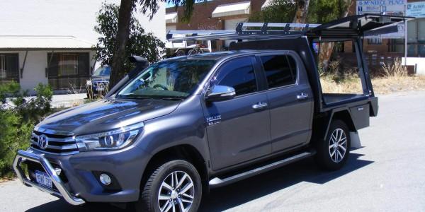 Toyota Hilux Metallic Dual Cab